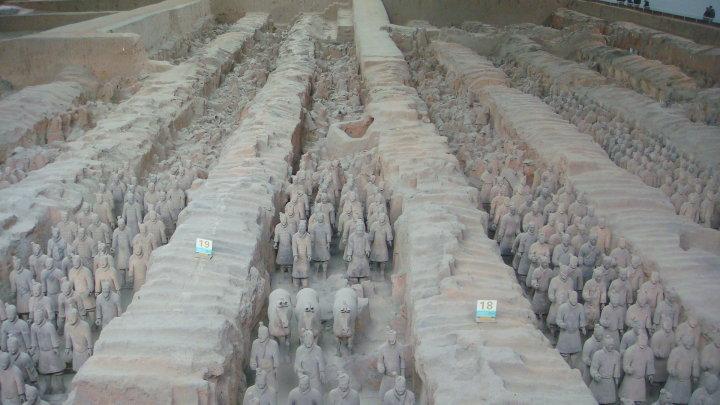 Rabah Fettih à Xi'An, les 8 000 soldats en terre cuite de Qin